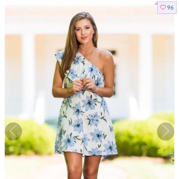 86e6301722c Mint Julep Boutique blue floral one shoulder dress.  M 5ac69115fcdc31a5b886a5ea